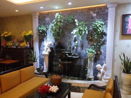 Anh Hoa restaurant: Ground floor waiting room