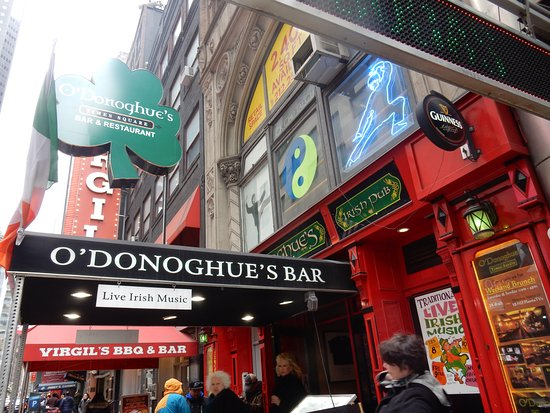 O'Donoghue's Pub and Restaurant: Welcome sight...