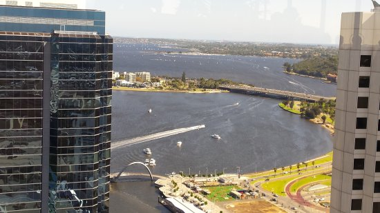 Swan river all the way to fremantle picture of c for 44 st georges terrace perth parking