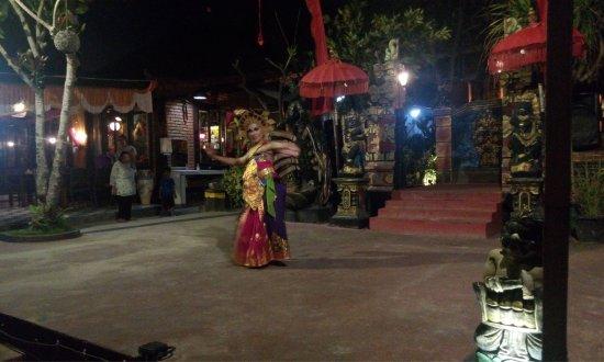 Romantic Dinner in Jimbaran Bay: photo4.jpg