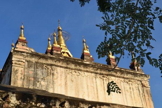 Manuha Temple: Detalles de arquitectura