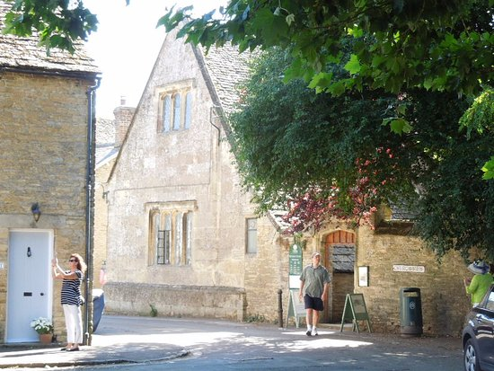 Bampton Library: side of the library