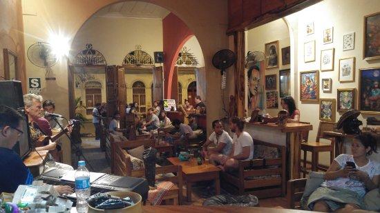 Karma Cafe: Art Fun Drink Food Music...