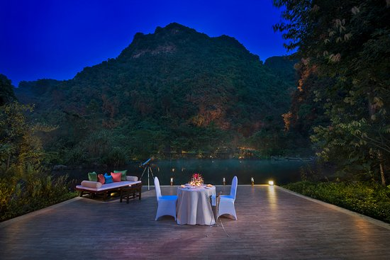 The Banjaran Hotsprings Retreat: Romantic Stardeck Dining