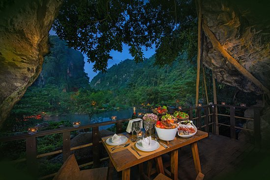 The Banjaran Hotsprings Retreat: Balcony Barbeque