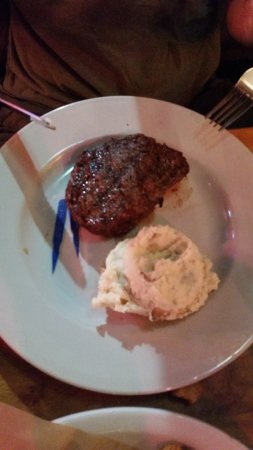 Burleson, Teksas: Logan's Roadhouse