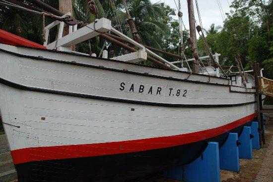 Kuala Terengganu, Malaysia: Sabar T.82 served for 55 years (1927-1982). Appeared in Queen Elizabeth II's 1955-6 stamp. Opera