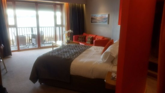 Athlone, Ireland: Huge room with private balacony