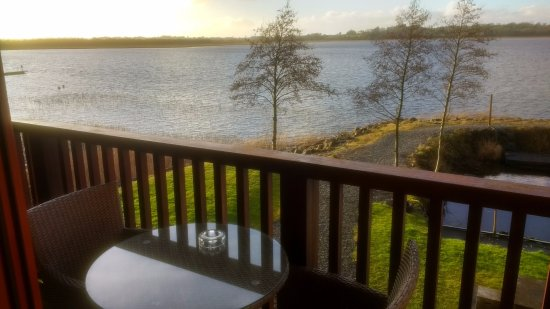 Athlone, Ierland: View from the balcony at sunrise