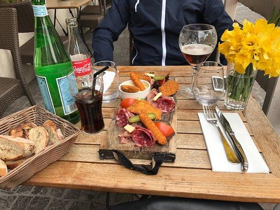 Brasserie Vaudemont: photo0.jpg