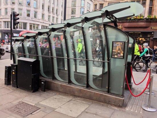 CellarDoor Entry & Seating - Picture of CellarDoor London - TripAdvisor