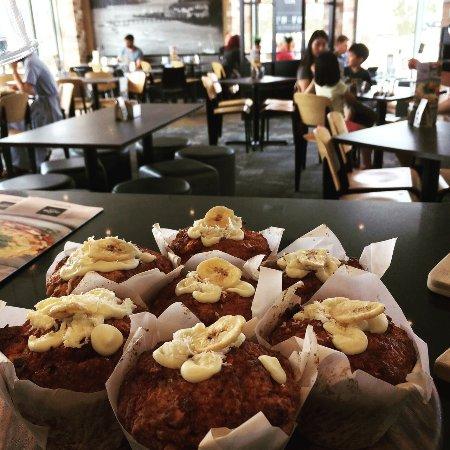 Hobsonville, Nya Zeeland: Freshly baked muffins