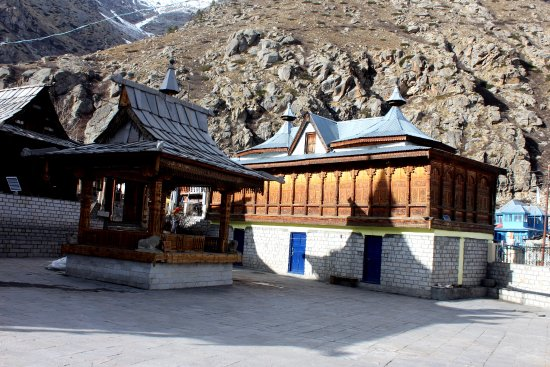 Kinnaur District, Hindistan: Temple at village Chitkul