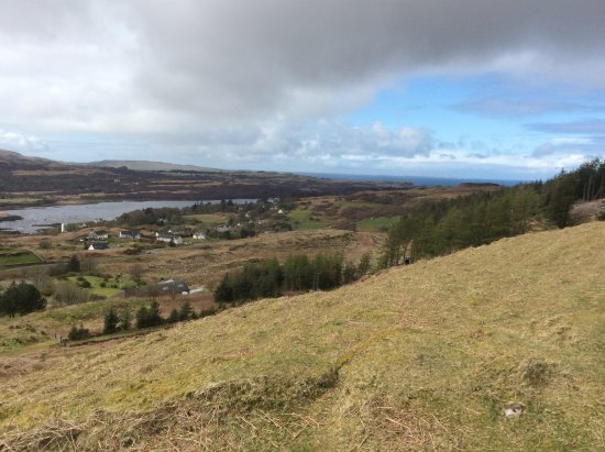 Cill-Mhoire Lodges : View from the hill above the lodge.