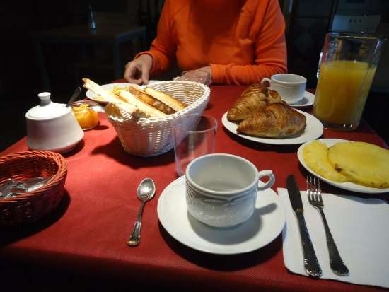 Lezama, สเปน: Desayuno