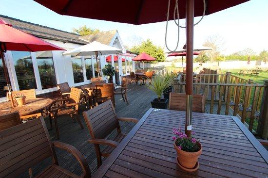 The Millstone Bar Restaurant: Outdoor Terrace Area