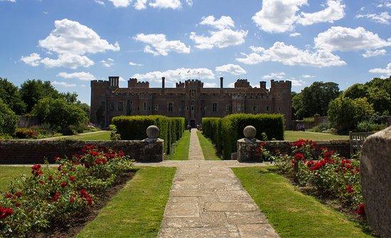 Gardens & Grounds of Herstmonceux Castle : photo0.jpg