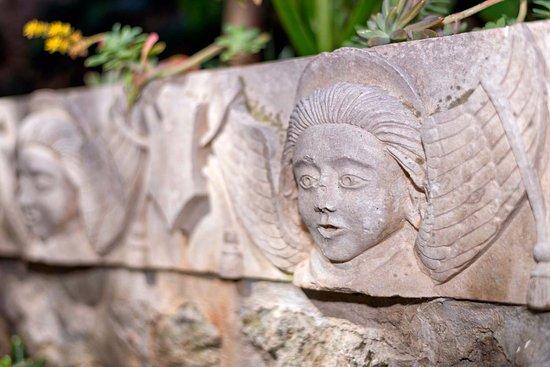 Garden ART deco