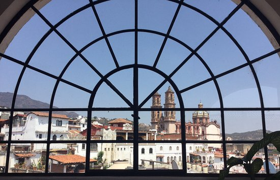 Santa Prisca: Blick aus Bibliothek