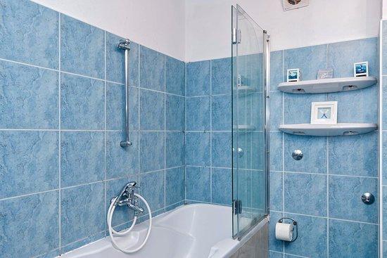 Shower - Picture of Villa Domus Marini, Hvar Island - Tripadvisor