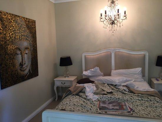 Llewellin's Guest House: photo1.jpg