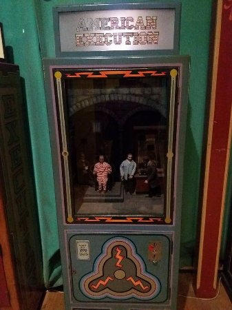 Wookey Hole Old Penny Pier Arcade: american execution