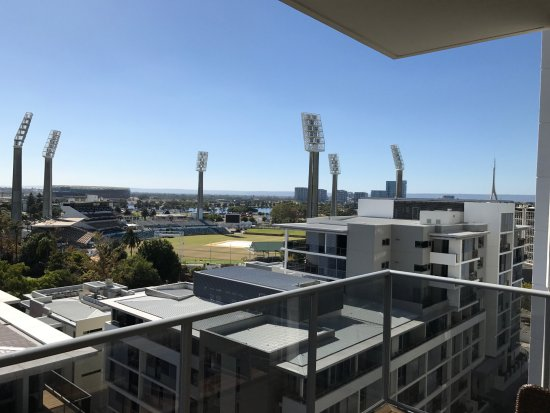 Fraser Suites Perth: View of WACA from 811