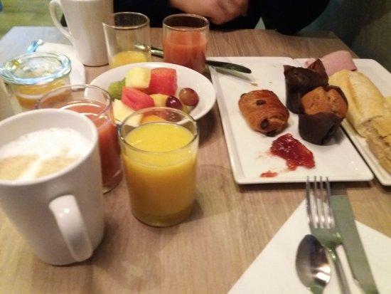 Ibis London City-Shoreditch: Pequeno-almoço