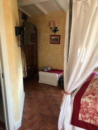 Coreglia Antelminelli, Italia: B&B di gran livello! Camera molto accogliente, curata nei dettagli. Anche i bagno veramente bell