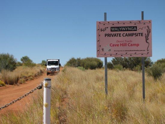 Yulara, Australia: The entrance to Cave Hill.