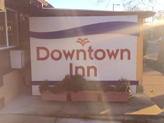 Downtown Inn: The name of the Inn Eugene