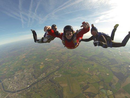 parachutisme le blanc