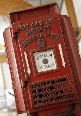 Plougastel Daoulas, Frankrike: Avertisseur Incendie de 1947 (Paris).
