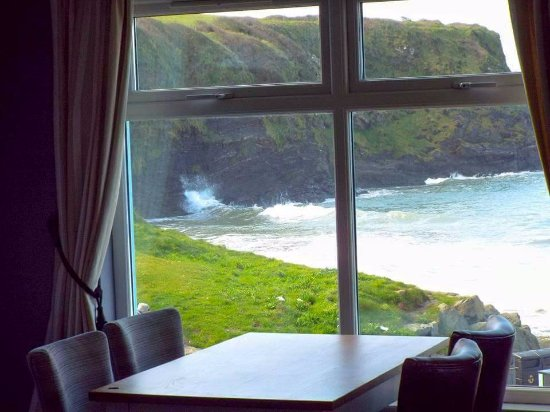 Broad Haven, UK: The Sunset View and Coffee Lounge