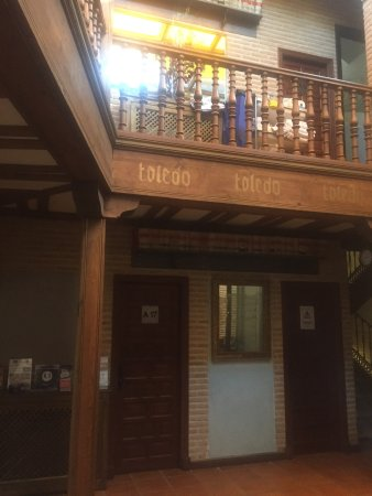 El Hostal Puerta Bisagra : photo3.jpg