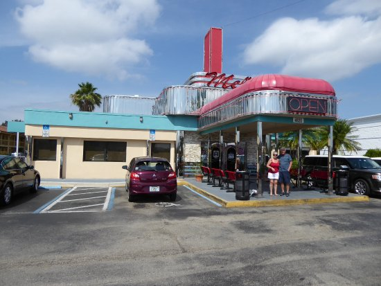 Mel's Diner: Mel's Fort Myers