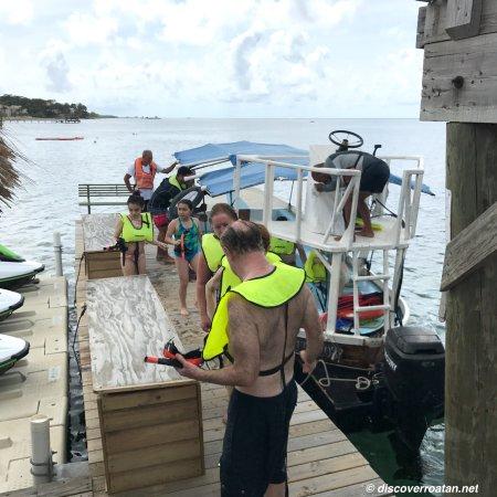 Coxen Hole, Honduras: Roatan Snorkel Excursion
