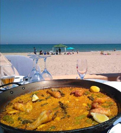 El Saler, Spain: Paella en la playa.