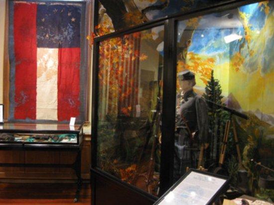 Henderson Heritage Museum : Civil War Exhibit