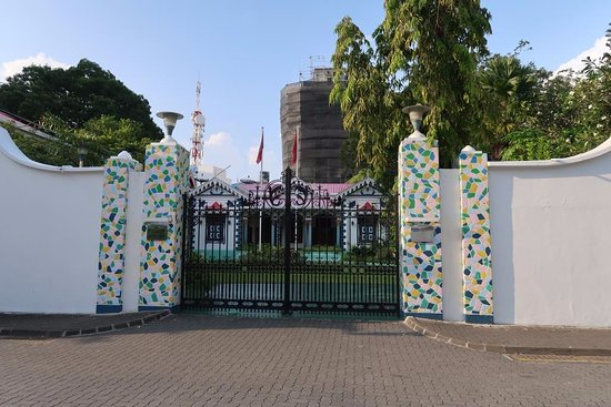 Mulee Aage: Entrance