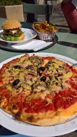 Ollioules, France: Pizza reine
