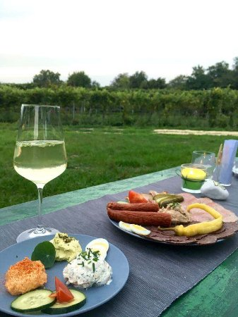 s'Kellerstockl Buschenschank Weinbau