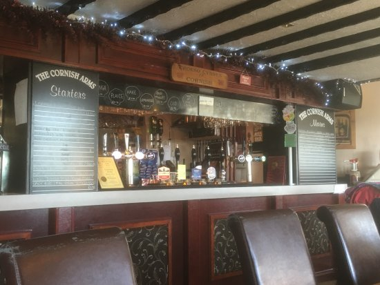 Burry Port, UK: The bar area at Cornish Arms