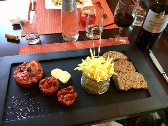 Avry-devant-Pont, Switzerland: Steak tartare