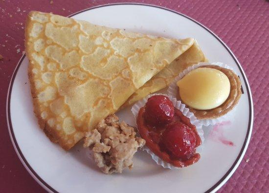 Villefranche-de-Lauragais, ฝรั่งเศส: Assortiement de desserts