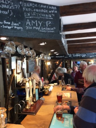 Hartfield, UK: The Gallipot bar and restaurant