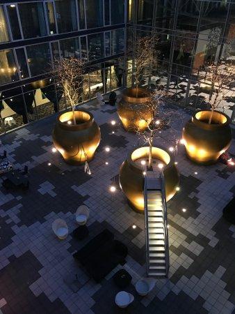 Kameha Grand: Ansicht des Innenhofs