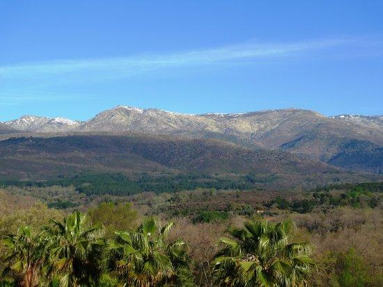 Villanueva de la Vera, Hiszpania: Sierra de Gredos al fondo