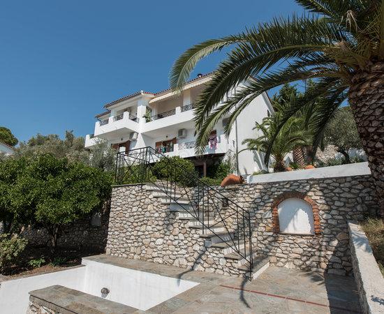 Areti Studios And Appartments Updated 2017 Hotel Reviews Skiathos Town Greece Tripadvisor