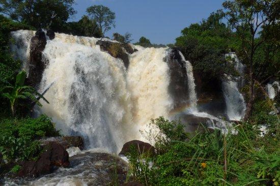 Les Chutes de Boali (Boali Waterfalls): front view